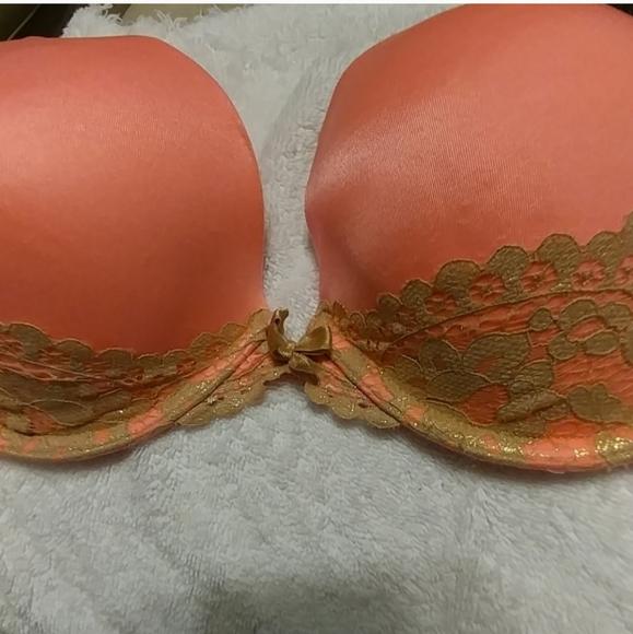 Victoria's Secret Other - Victoria's Secret pushup bra 34E (DD)